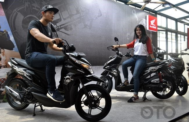 Honda BeaT Street dan Honda BeAT Street Honda Genunine Accesories
