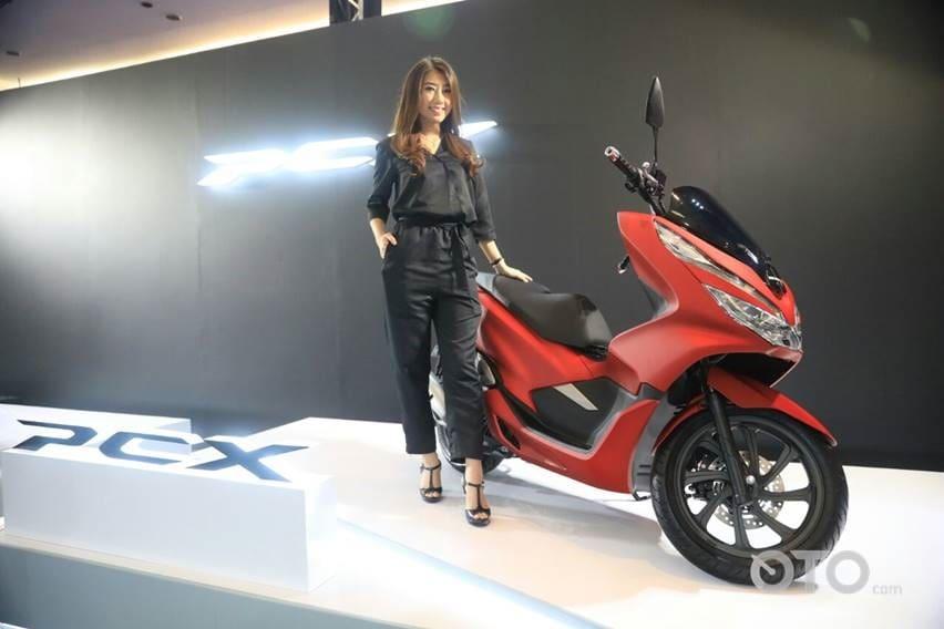 Ragam Aksesori Pendongkrak Tampilan Honda PCX