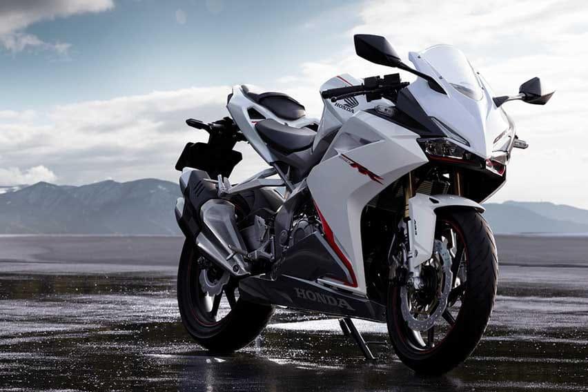 Honda CBR250RR white