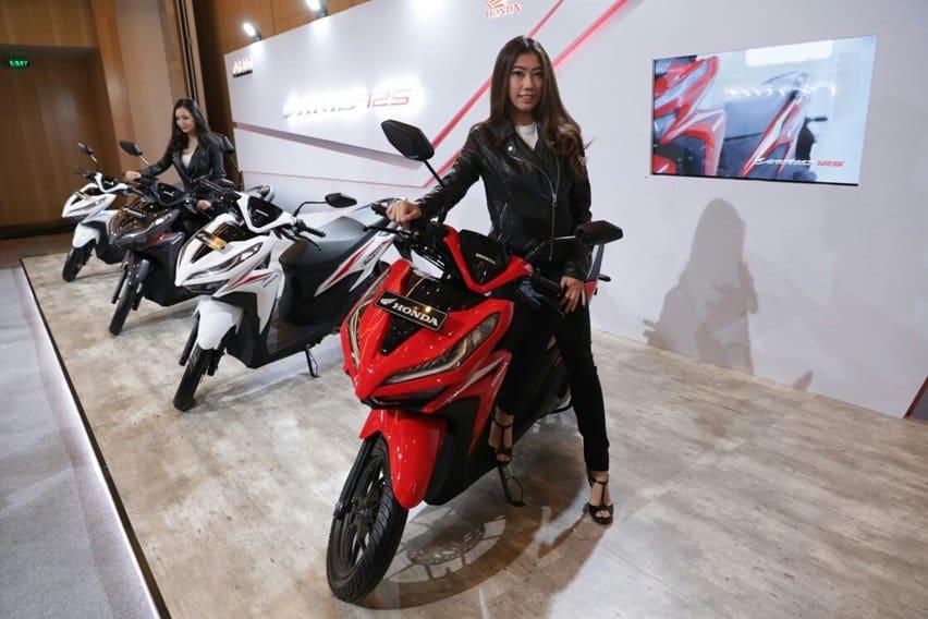 Empat Kelebihan Honda Vario 125 Facelift, Dibanding Yamaha Lexi!