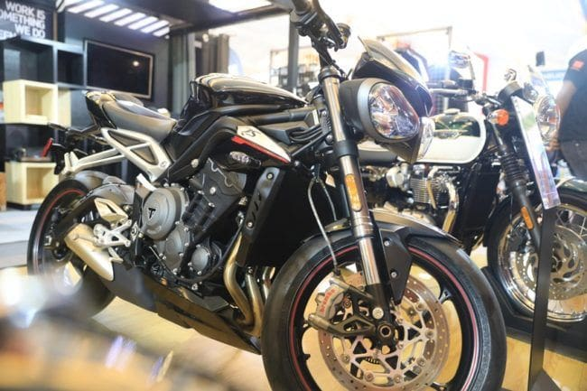 IIMS 2018: Spesifikasi Triumph Street Triple RS, Pakai Mesin Moto2