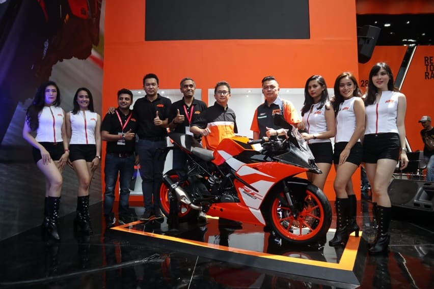 KTM Luncurkan RC 250 SE Bermodal Knalpot Samping