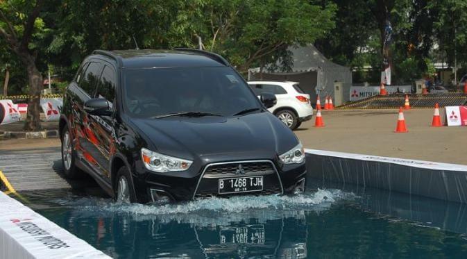 Mitsubishi Outlander Sport Kurang Laku, Harga Bekasnya Murah