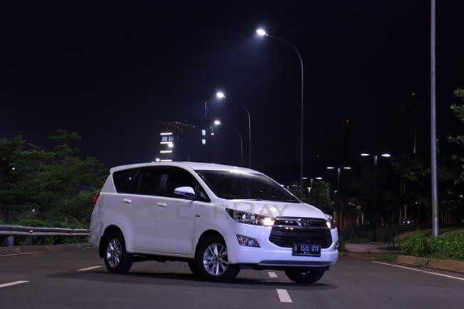 Butuh Mobil Keluarga, Kijang Innova Reborn Bekas Dilego Mulai Rp 250 Jutaan