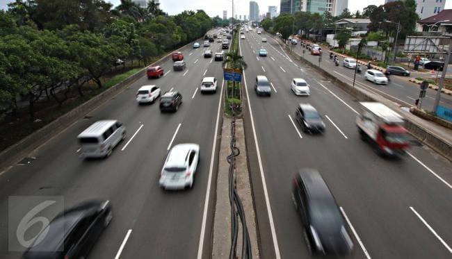 Perhatikan batas kecepatan di tol