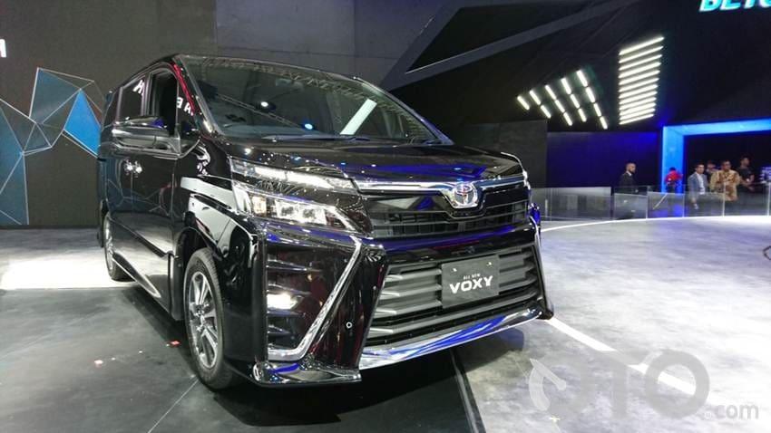 Kenapa Toyota Voxy 2017 Layak Dibeli?