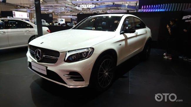 GIIAS 2017: Menelanjangi Si Seksi, Mercedes-AMG GLC43 Coupe