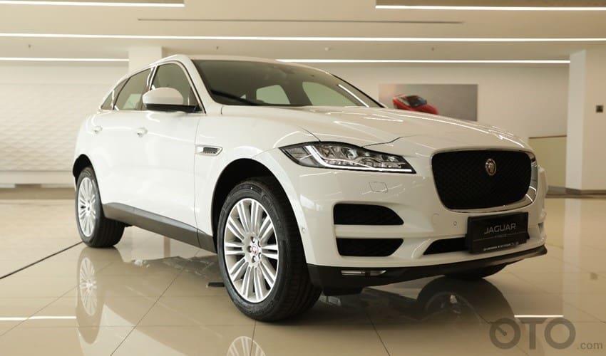 Jaguar Luncurkan SUV F-Pace yang Lebih Murah