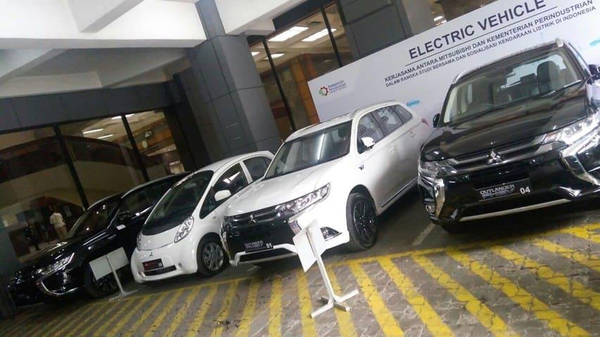 Outlander dan MIEV sumbangan Mitsubishi (2)