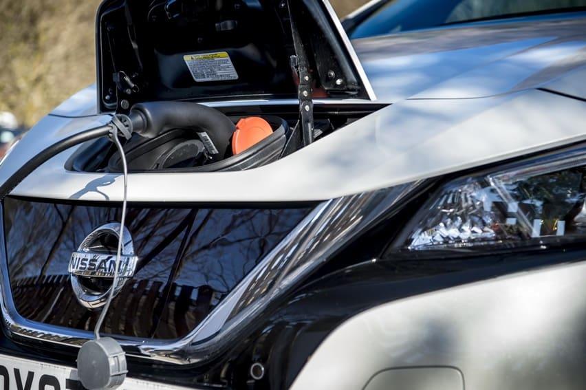 10 Mobil Listrik dengan Daya Jelajah Terjauh, Tesla Mendominasi