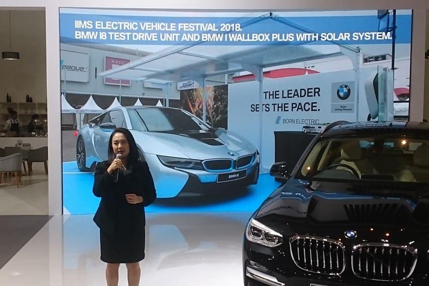 IIMS 2018: BMW Pamer Panel Tenaga Surya Kreasi Anak Bangsa