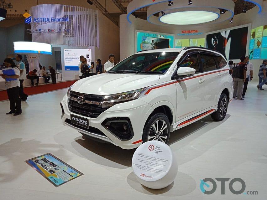Daihatsu Terios Siap Bersaing Dengan Suzuki XL7