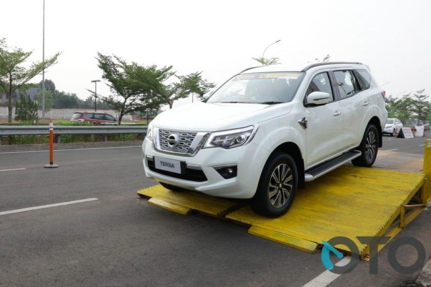 First Drive Nissan Terra 4x2 VL AT: Tampilan Gagah Didukung Fitur Berkendara Offroad