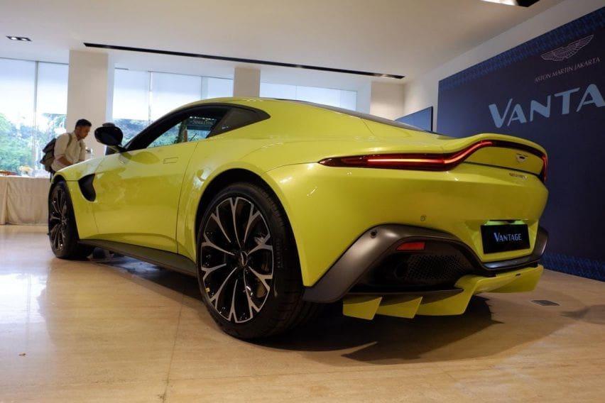 Aston Martin Vantage Resmi Mengaspal Di Indonesia Berapa Harganya