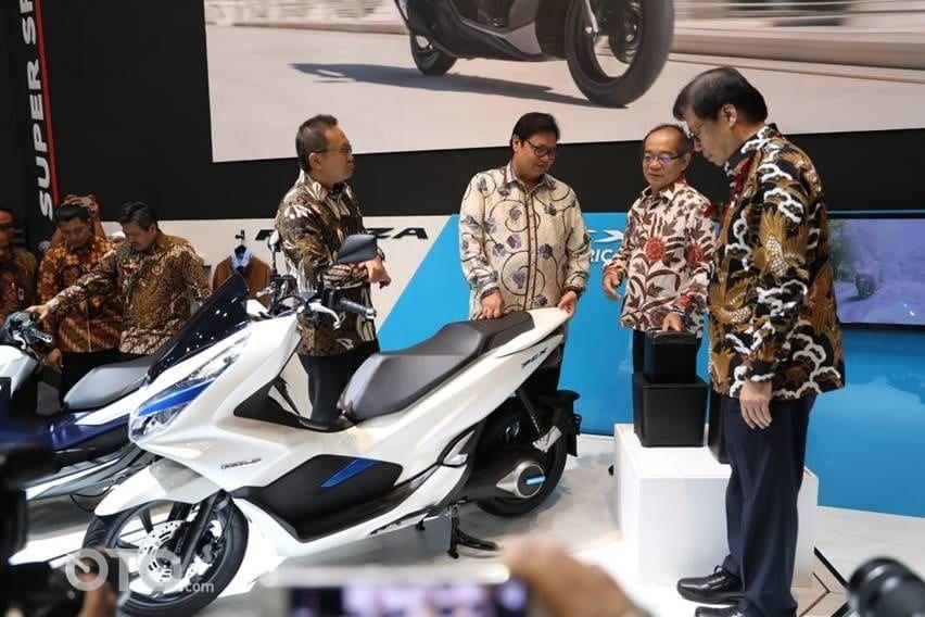 Honda Luncurkan PCX Electric, Yamaha Tak Mau Gegabah