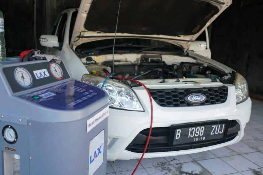 Flushing Lax, Perawatan AC Mobil Tanpa Harus Bongkar-bongkar