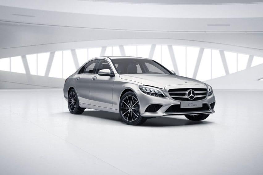 OTO Lucky Drive: Satu-satunya Merek Premium, Dua Andalan Mercedes-Benz Dipamerkan