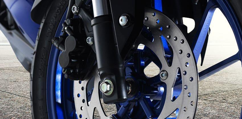 Yamaha YZF-R15 Brakes