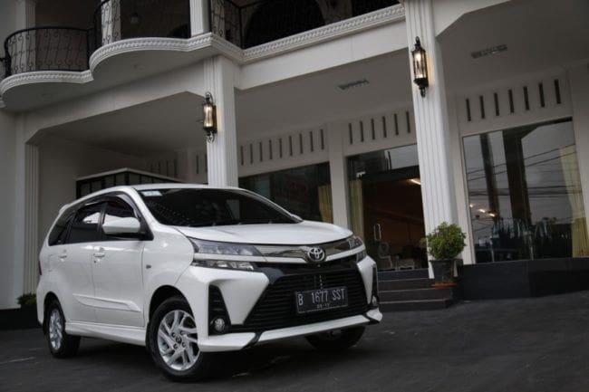 Komparasi Toyota Avanza G dengan Lima MPV Pesaingnya