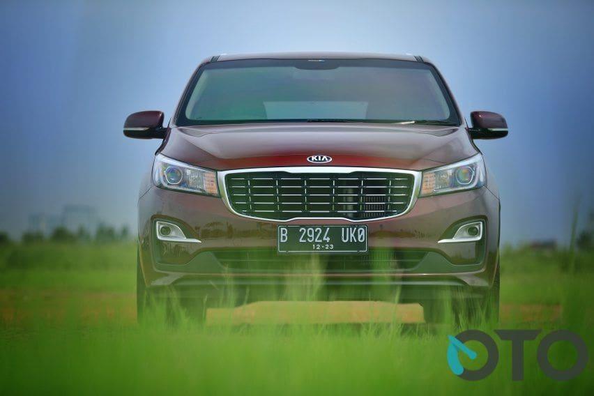 Road Test KIA Grand Sedona Diesel: Mid Size MPV Sempurna, Apa Kekurangannya? (Part-1)