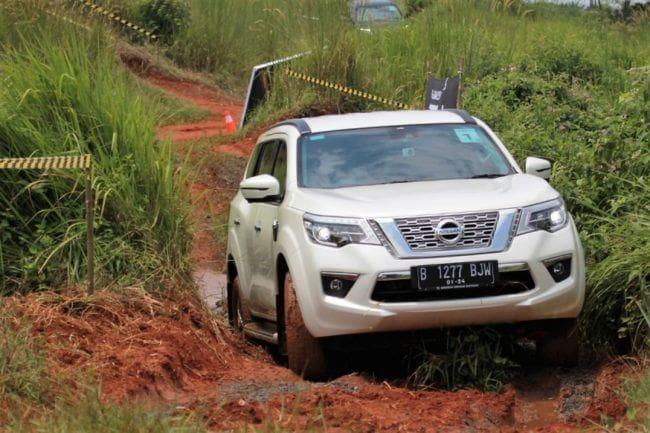 Ketahui Harga Terbaru Nissan Terra Termasuk Kelebihan dan Kekurangannya