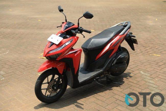 Adu Fitur Honda Vario 125 dan Yamaha Lexi, Siapa paling Menarik?