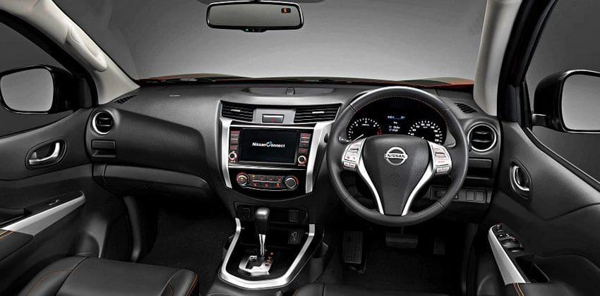 Nissan Navara Black Edition 2 Dash