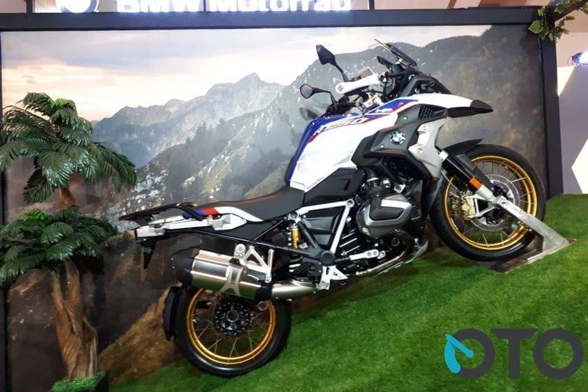 Intip Peserta Parade & Catwalk IIMS Motobike, BMW Motorrad Paling Niat