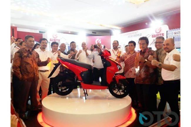 Motor Listrik Gesits Jokowi Turun ke Warren Tanoesoedibjo