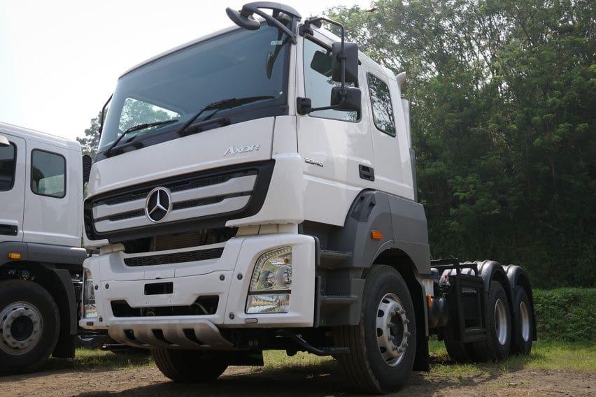 Truk Mercedes-Benz Axor DCVI