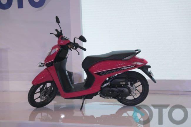 Selisih Rp 1 jutaan, Ini Keunggulan Honda Genio Dibanding Yamaha Fino