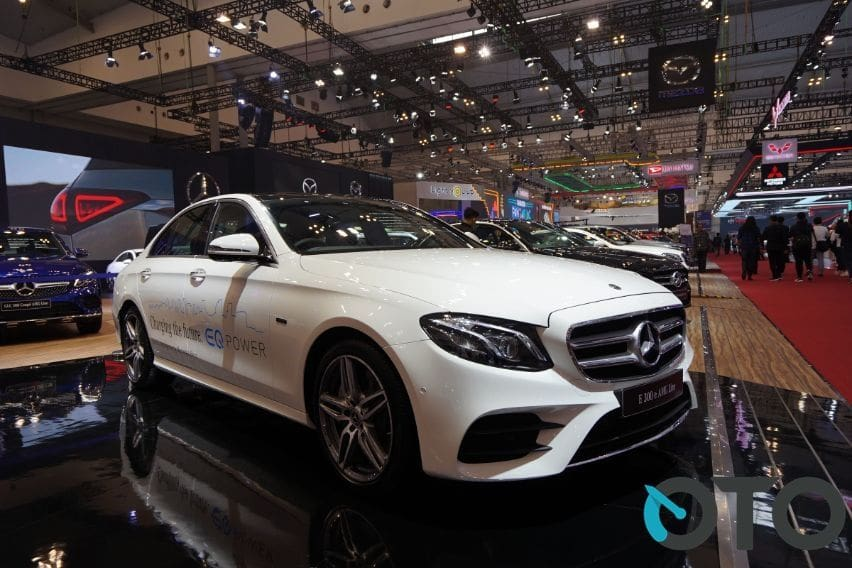 GIIAS 2019: Sedan Plug-in Hybrid Mercedes-Benz Resmi Dijual, Ini Detailnya