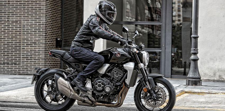 Honda CB1000R side