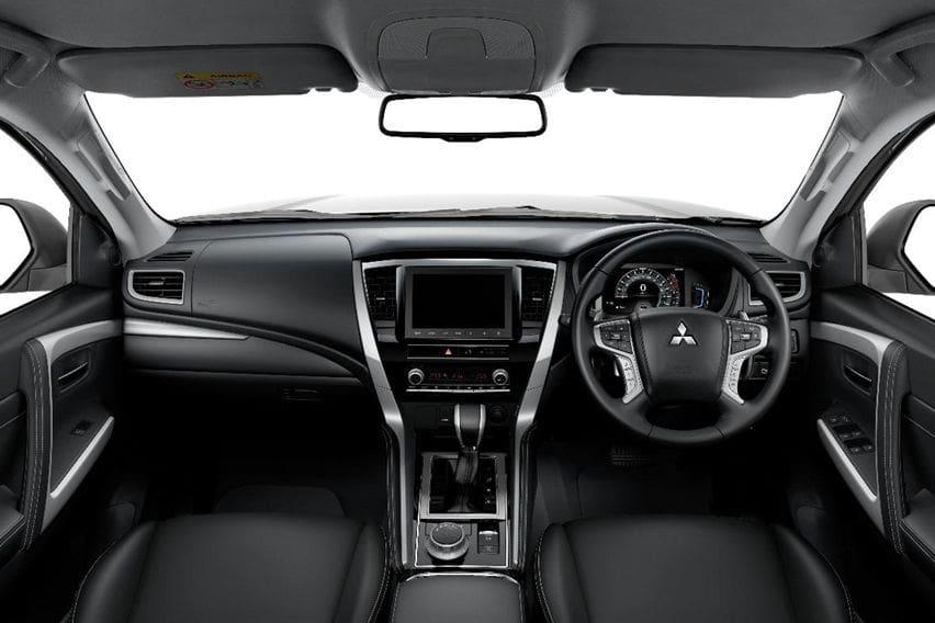 Mitsubishi Pajero Sport 2020 interior