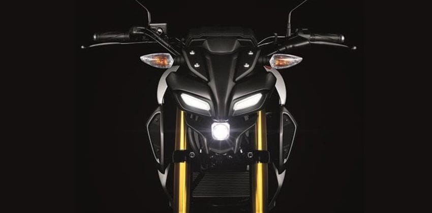 Yamaha MT-15 front