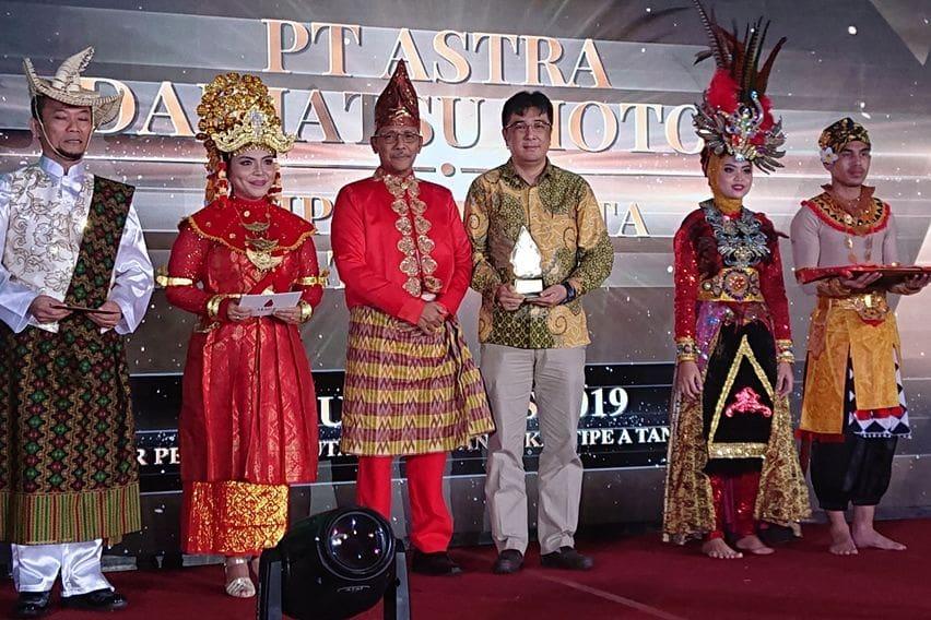 Daihatsu Raih Importir MITA Terbaik di KPU Awards 2019