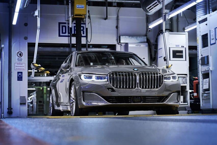 BMW Sedang Siapkan Mobil Listrik Baru Kode Nama i7?