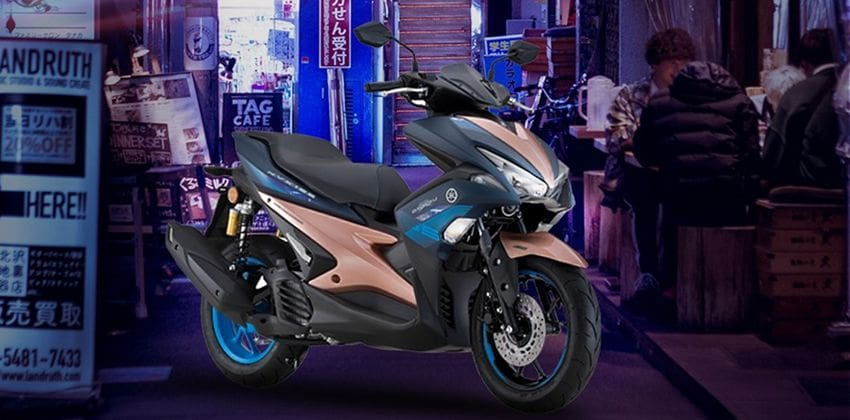 2019 Yamaha NVX 155 exterior