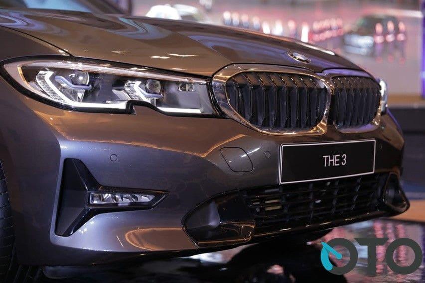 Seri 3 sedan terlaris BMW