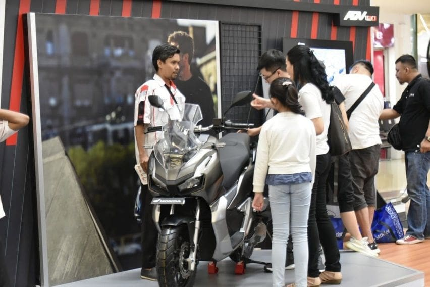 Cek Promo Terbaru Honda ADV150, Ada Cashback Rp 4,1 Juta!