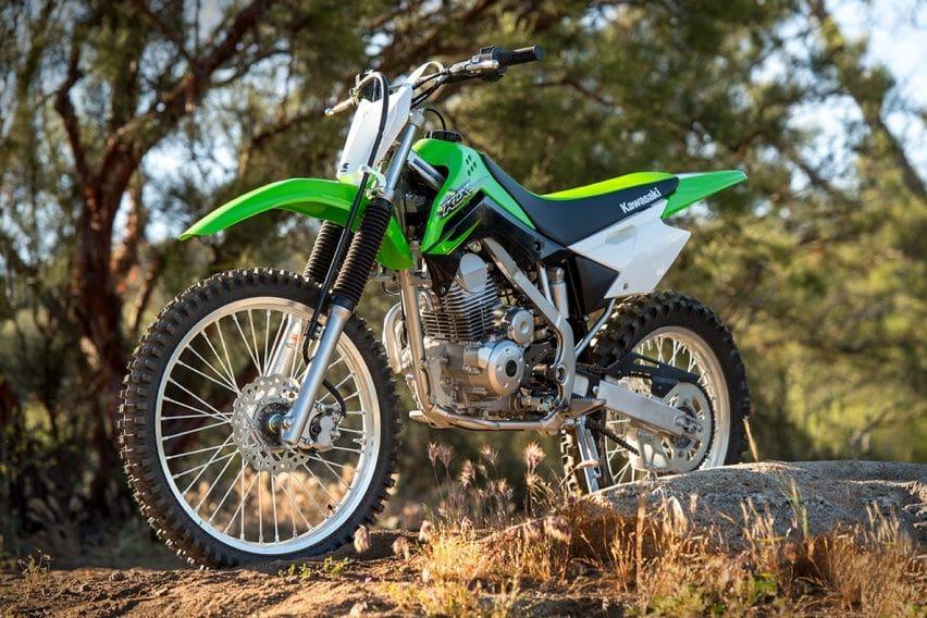 Kenali Lebih Dalam Kawasaki KLX150 Standar, Spesialis Offroad