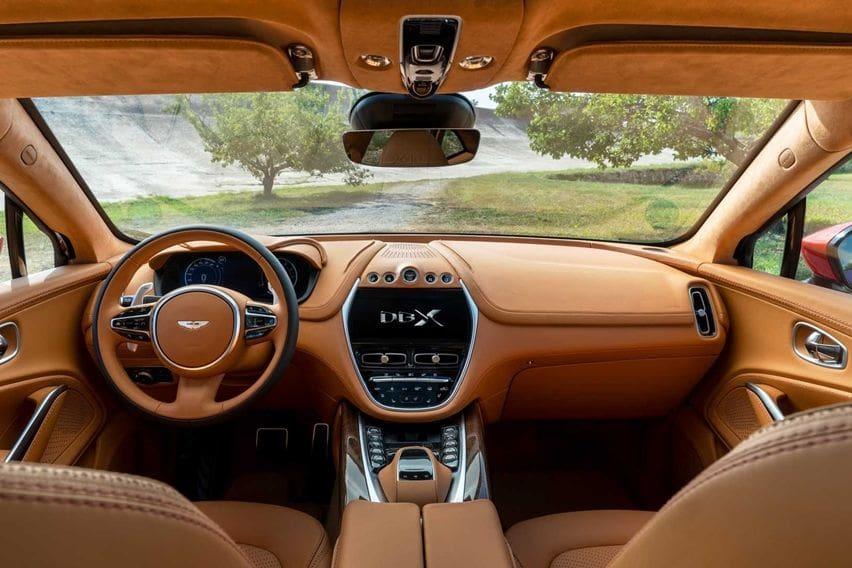 Suv Aston Martin Dbx Mendebut Berbanderol Rp 2 Miliar