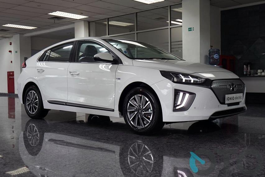 Hyundai Ioniq retail pakai lampu LED