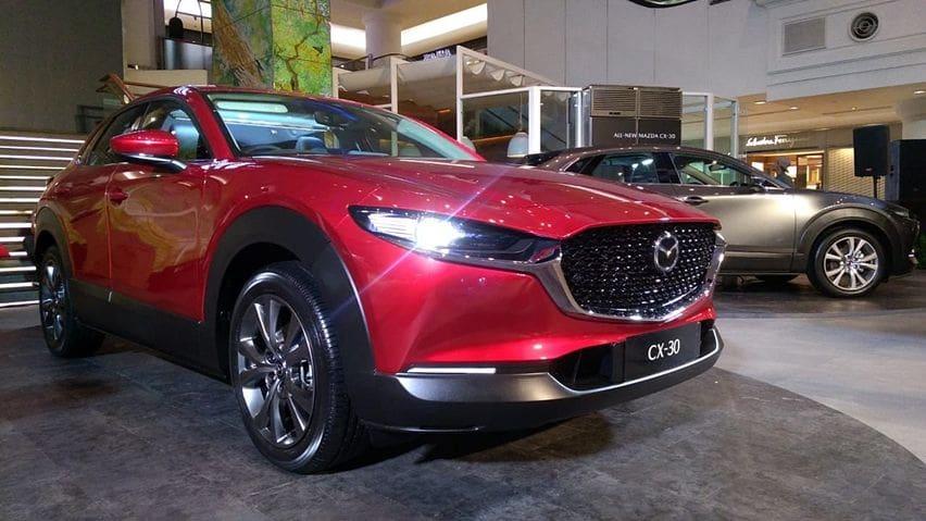 Tampil elegan bak Mazda3 dengan postur lebih tinggi
