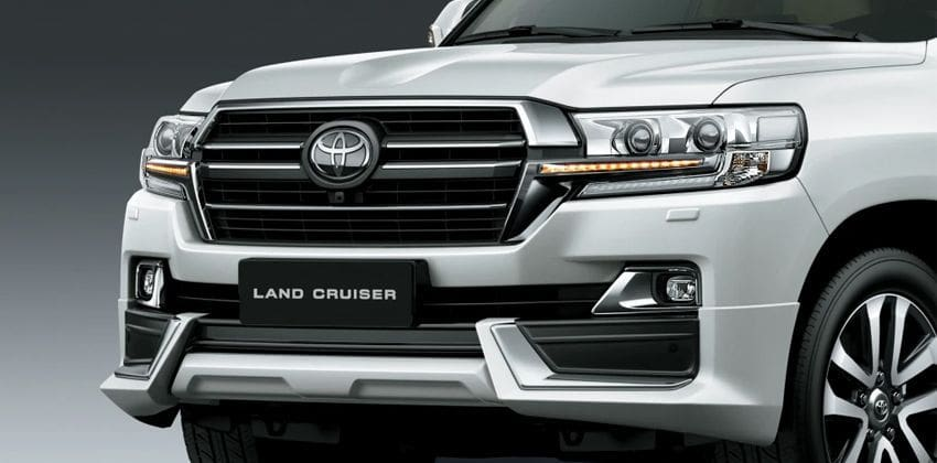 Toyota Land Cruiser front