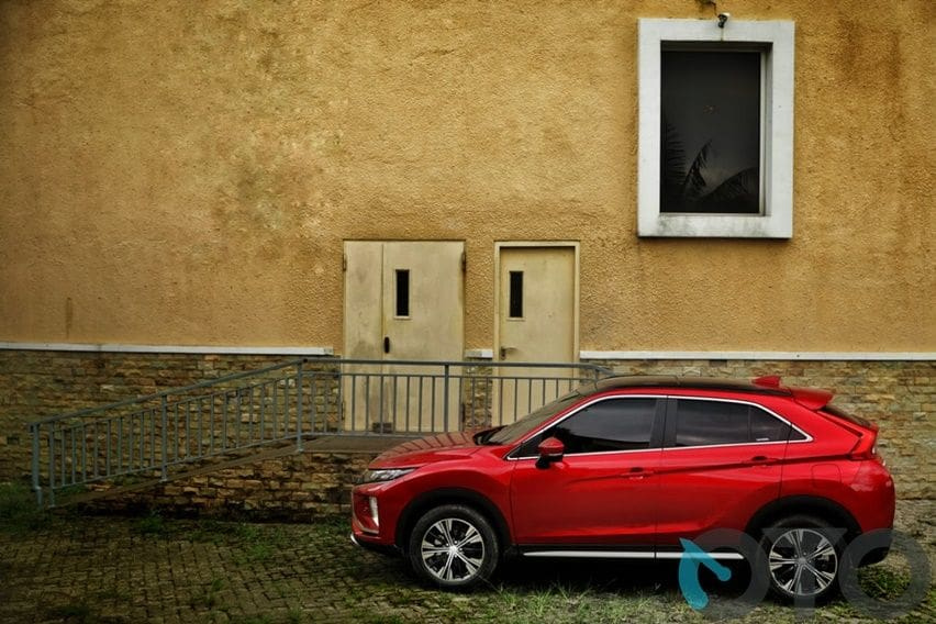 Review Mitsubshi Eclipse Cross