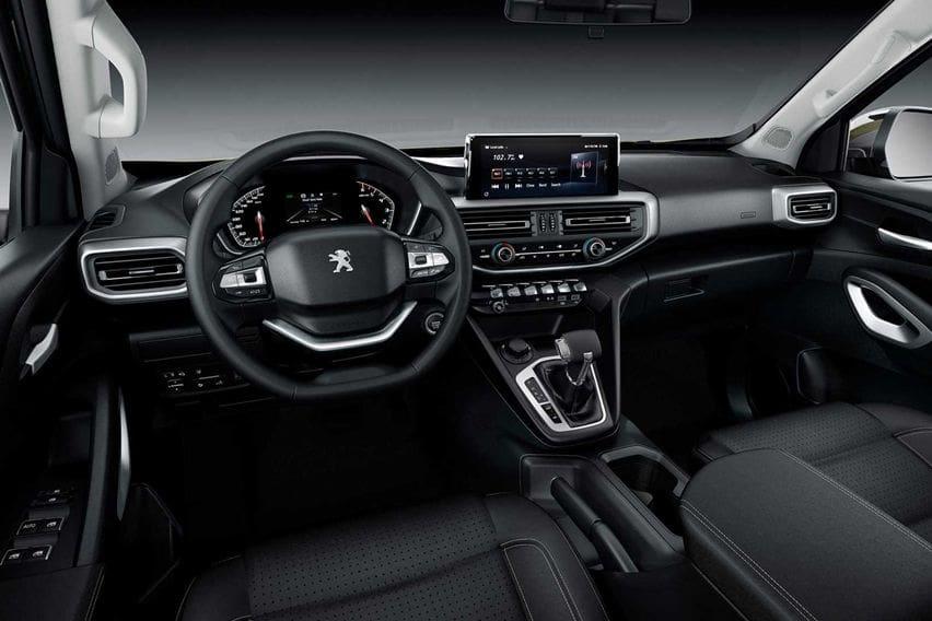 Peugeot Landtrek interior