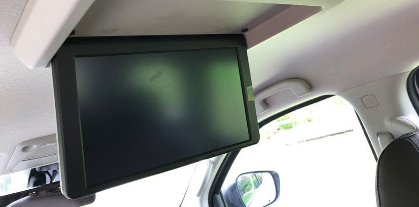 Nissan Terra 4x2 VL AT rear monitor