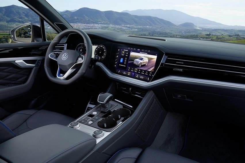 Interior Volkswagen Touareg R PHEV