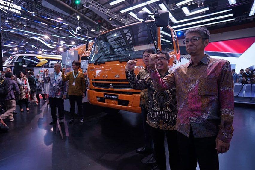 Ekspansi Bisnis Daring, Mitsubishi Fuso Jualan Truk via E-commerce